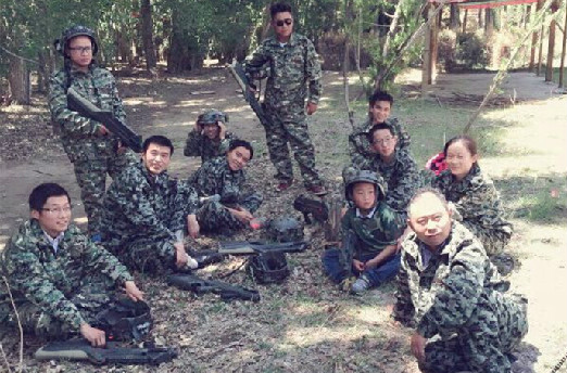 挑战自我 熔炼团队—我院组织拓展训练真人CS野战活动